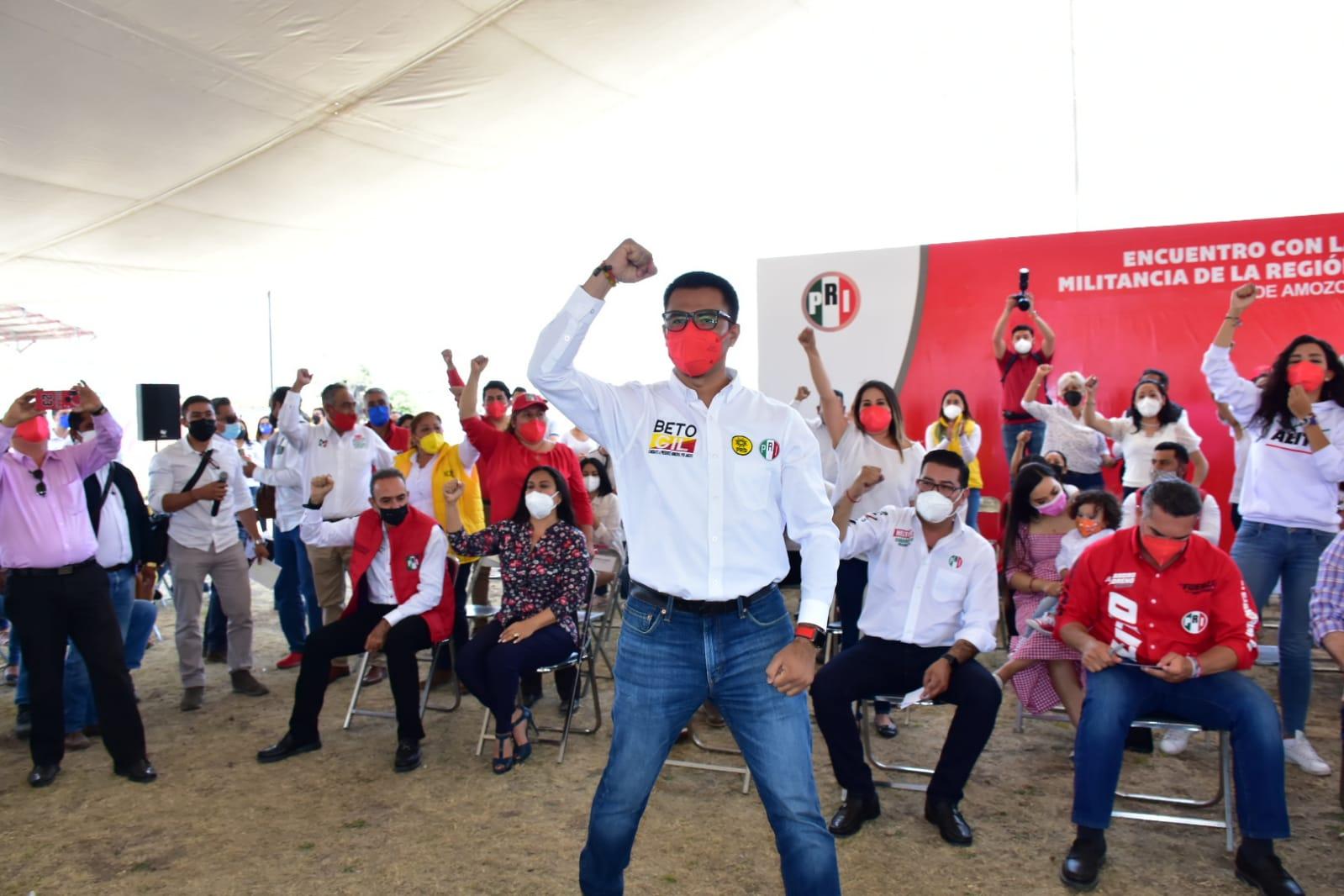 Líder nacional del PRI arranca campaña en Amozoc