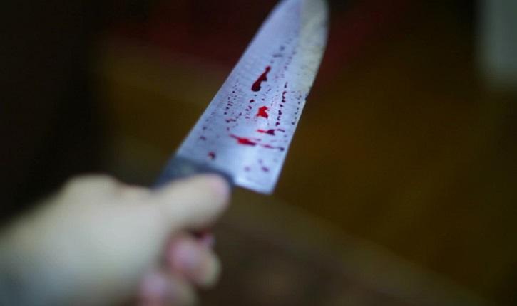 Apuñaló a su esposo por la espalda con cuchillo cebollero en Tehuacán