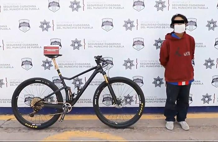 Recuperan bicicleta robada valuada en 300 mil pesos en Puebla