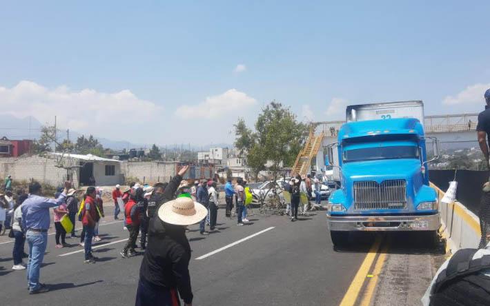Tras seis horas de bloqueo liberan la autopista México-Puebla