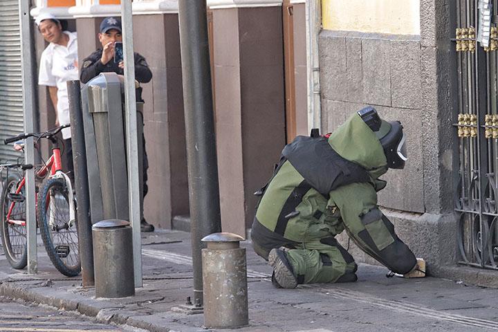 Supuesta bomba genera alarma en centro histórico de Puebla