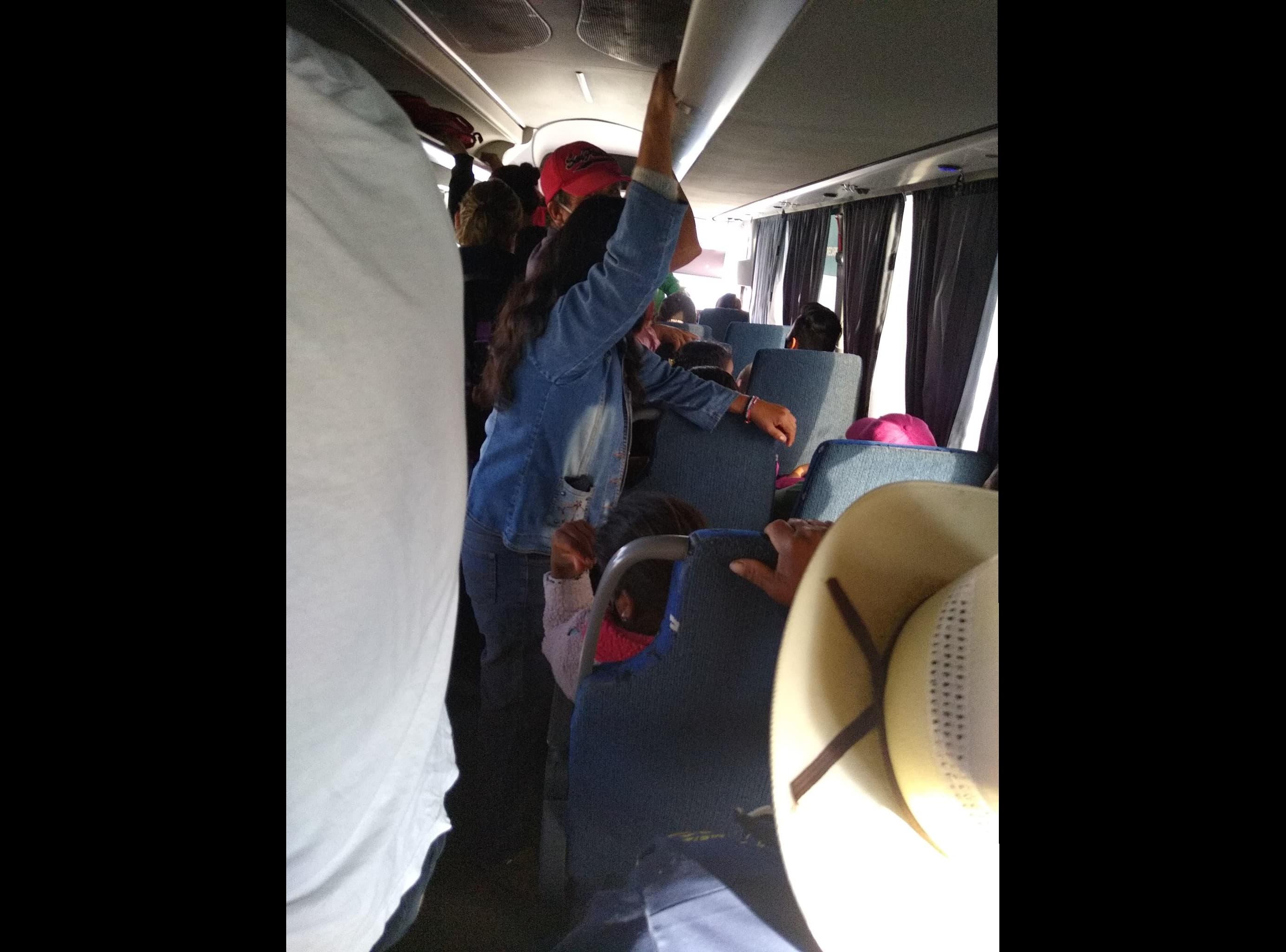 Autobuses ordinarios incumplen con medidas contra COVID-19