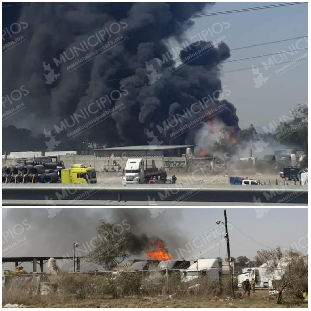 Video: Incendio en Xoxtla, se trataría de un depósito de combustible