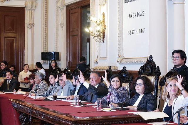 Descartan contagios Covid en sala de regidores de Puebla capital