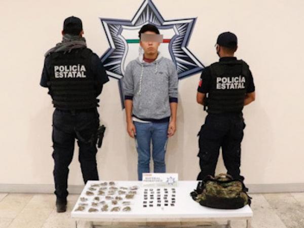 Cae en centro histórico de Puebla distribuidor de droga por internet