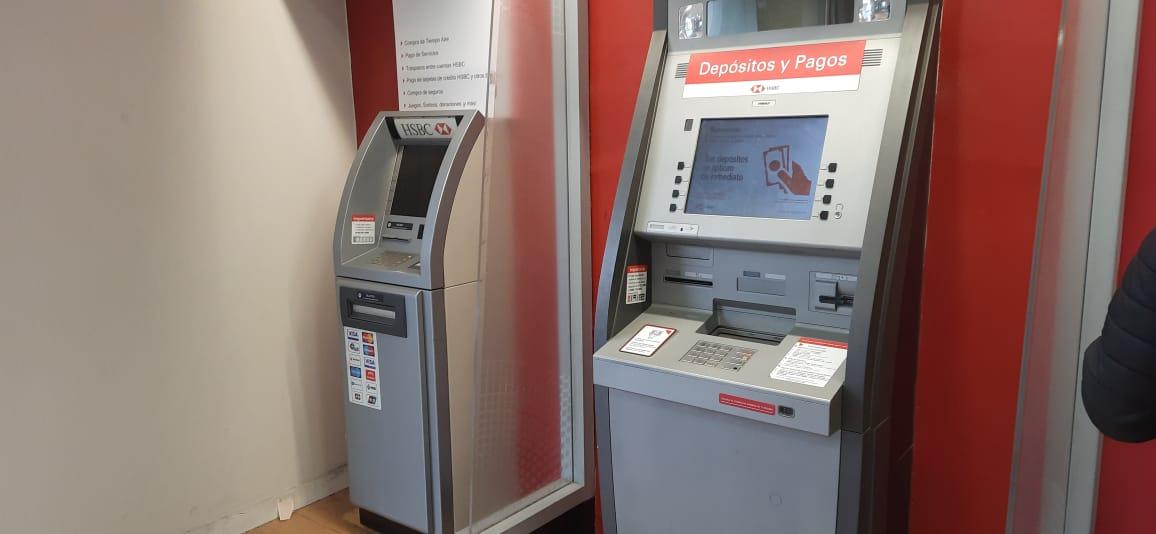 Advierten sobre robos de tarjetas en cajeros de Tecamachalco