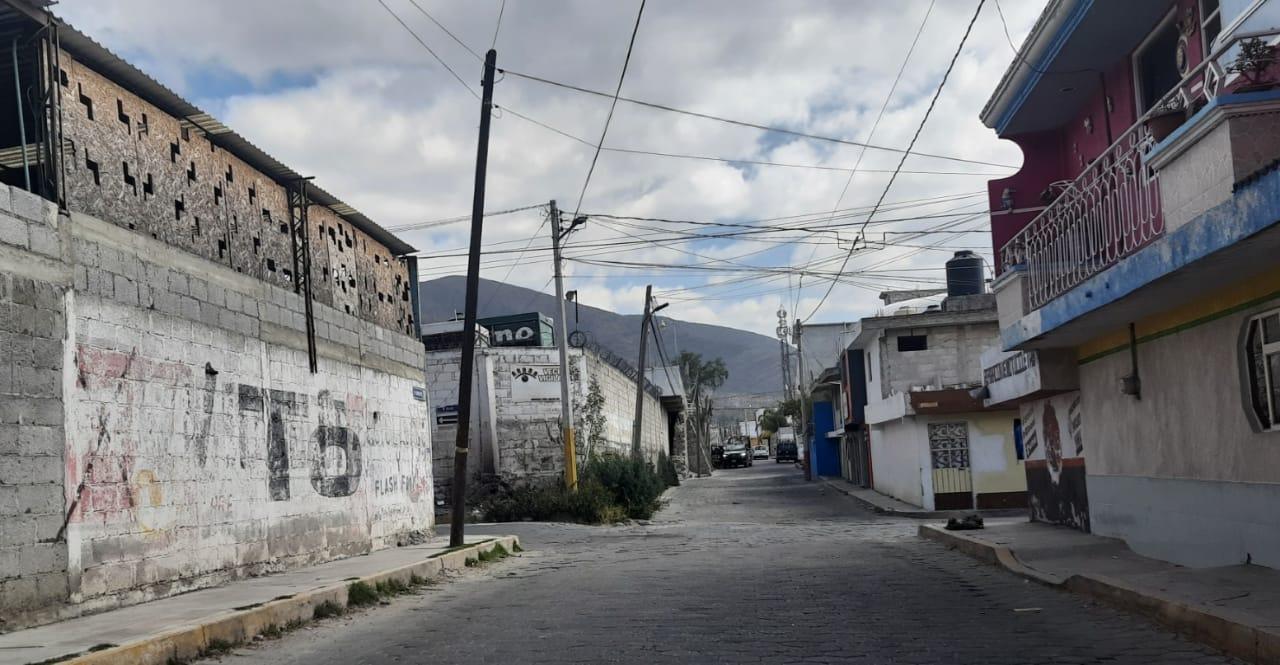 Encañonan a mujer para asaltarla en calles de Tecamachalco