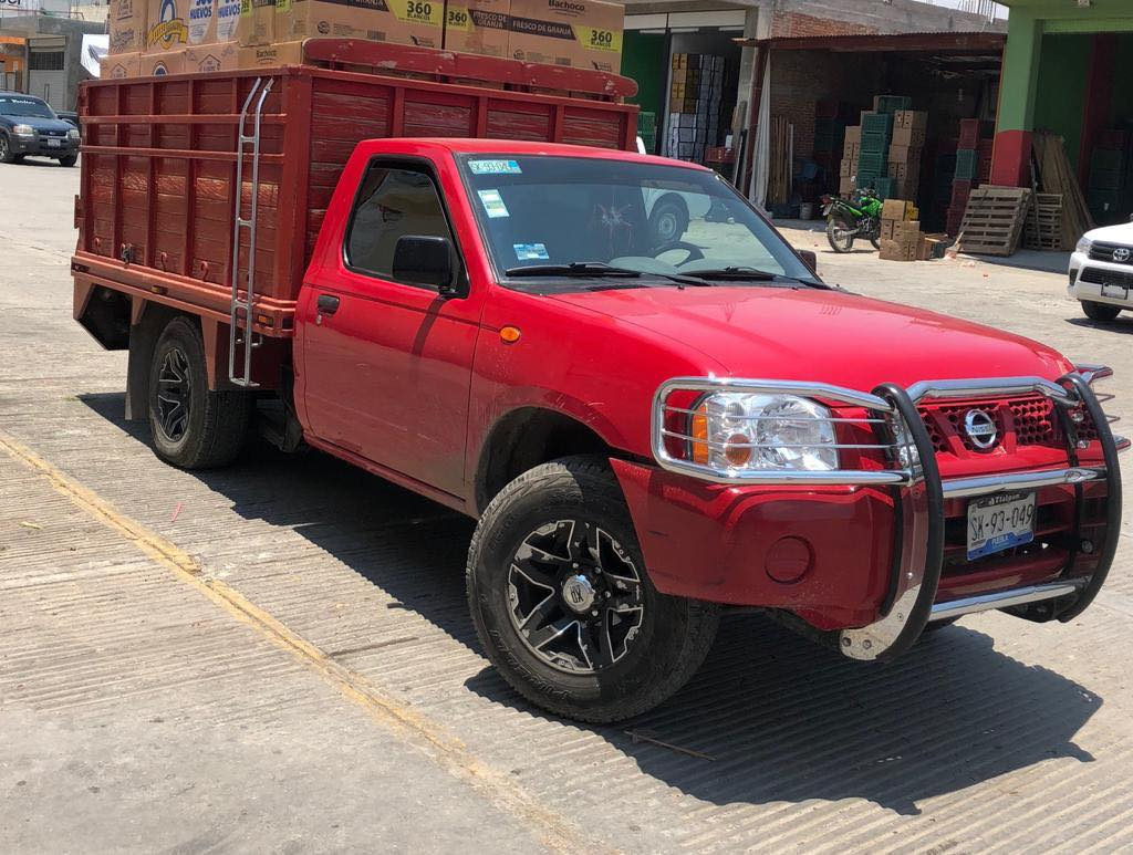 Se roban camioneta cargada con huevo en Tecamachalco