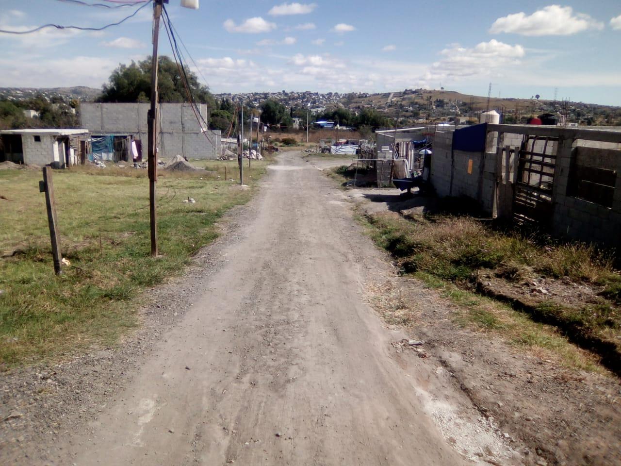 Pide en Totimehuacan agua potable y pavimentación