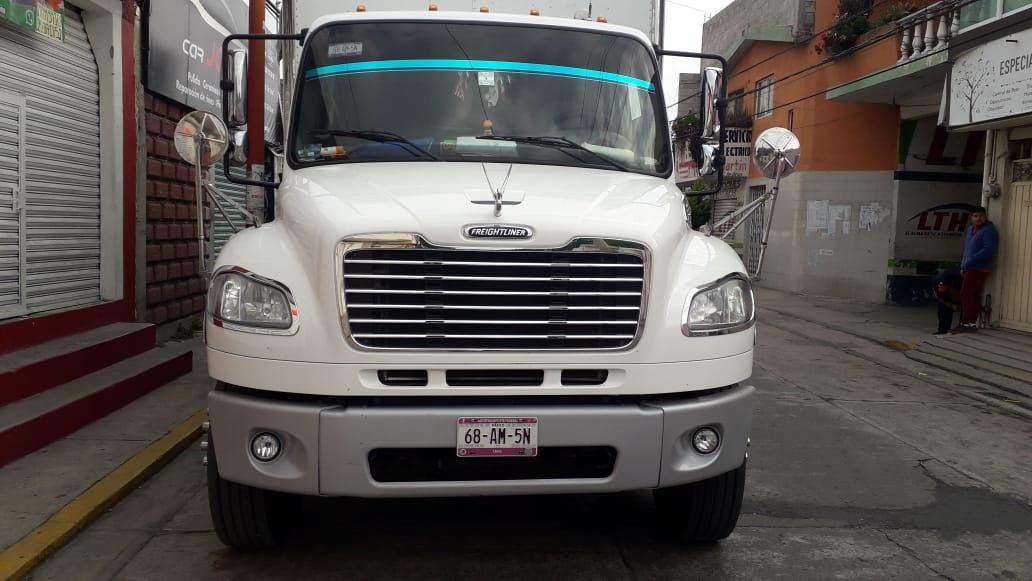 Dan levantón a chofer de camión de carga en calles de Texmelucan