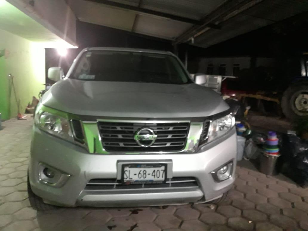 Grupo armado roba camioneta en Tecamachalco