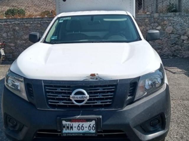 Policías recuperan camioneta robada en Tecamachalco