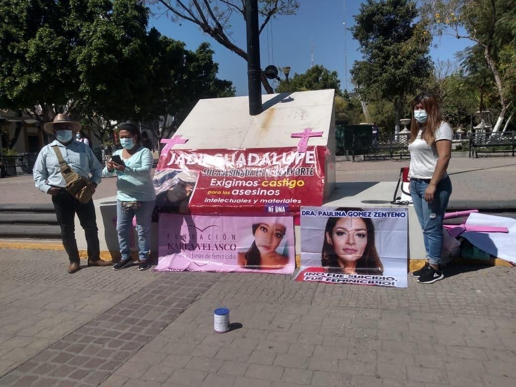 Caravana de madres de chiapanecas asesinadas protestan en Tehuacán