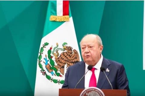 Romero Deschamps recurre a amparo para ocultar cobros en Pemex