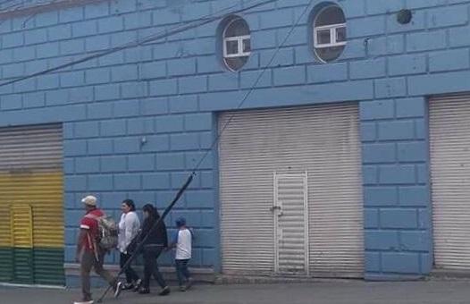 Hombres armados asaltan casa de empeño en Teziutlán