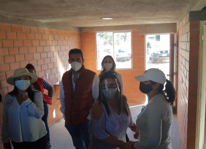 Entregan primeras casas del programa Hacer Vivienda Hacer Futuro en Texmelucan