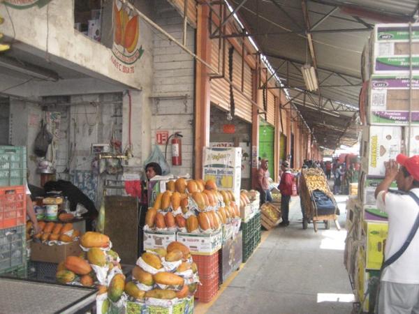 Muere al descargar chiles en la Central de Abasto de Puebla