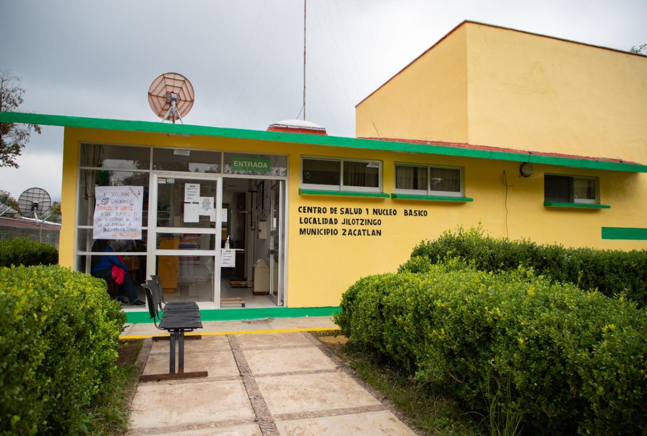 Entrega Márquez rehabilitación de Clínica de Salud en Jilotzingo