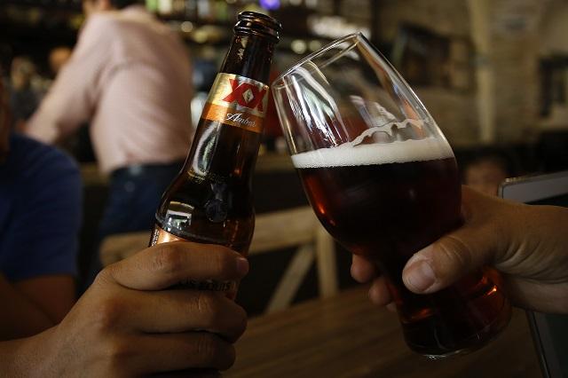 Advierte Barbosa operativos para cierre de bares por posible rebrote de Covid
