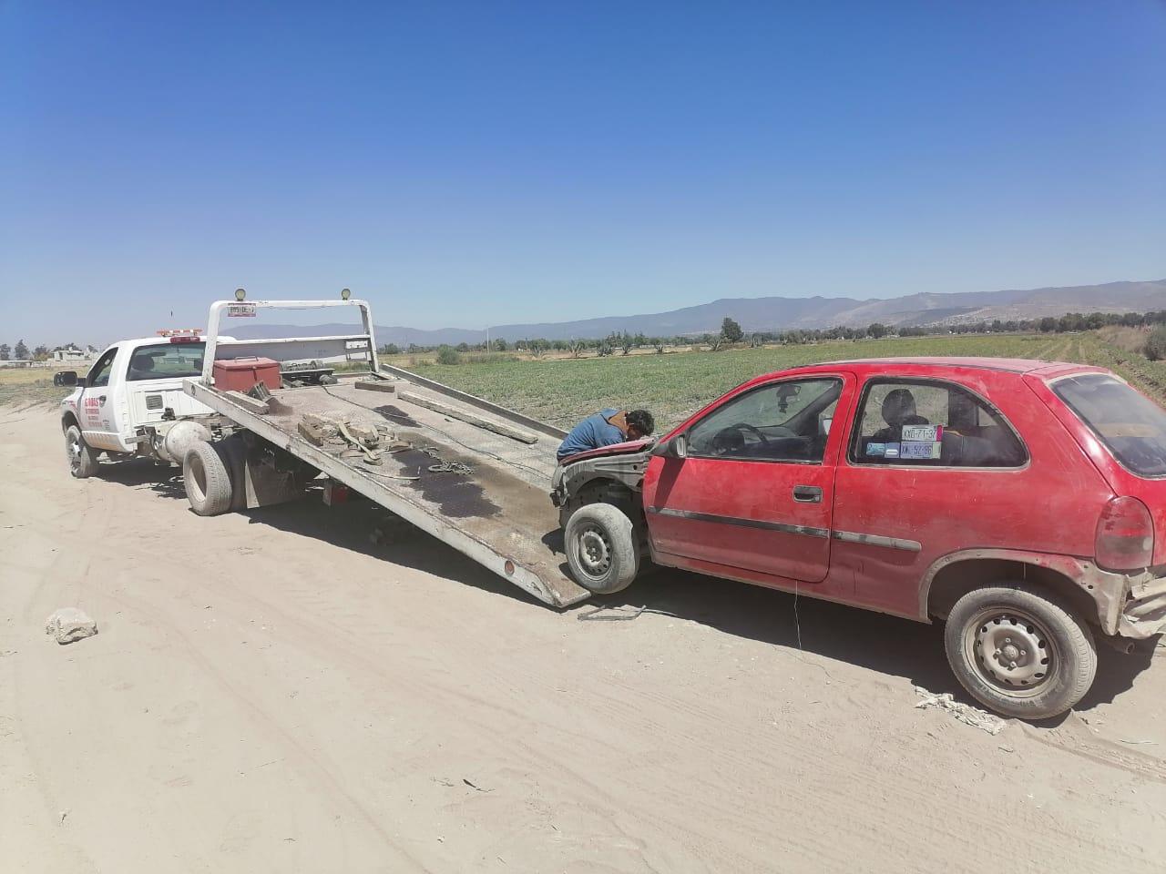 Policías localizan vehículo con reporte de robo en Quecholac