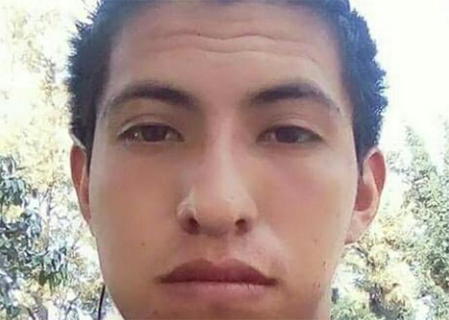 Ramón de 23 años desapareció cuando se dirigía en moto a Tochtepec