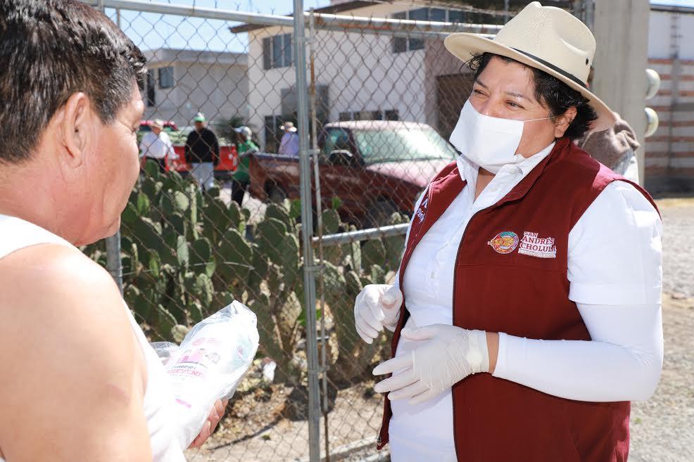 En San Andrés Cholula entregan 11 mil 800 kits por COVID19