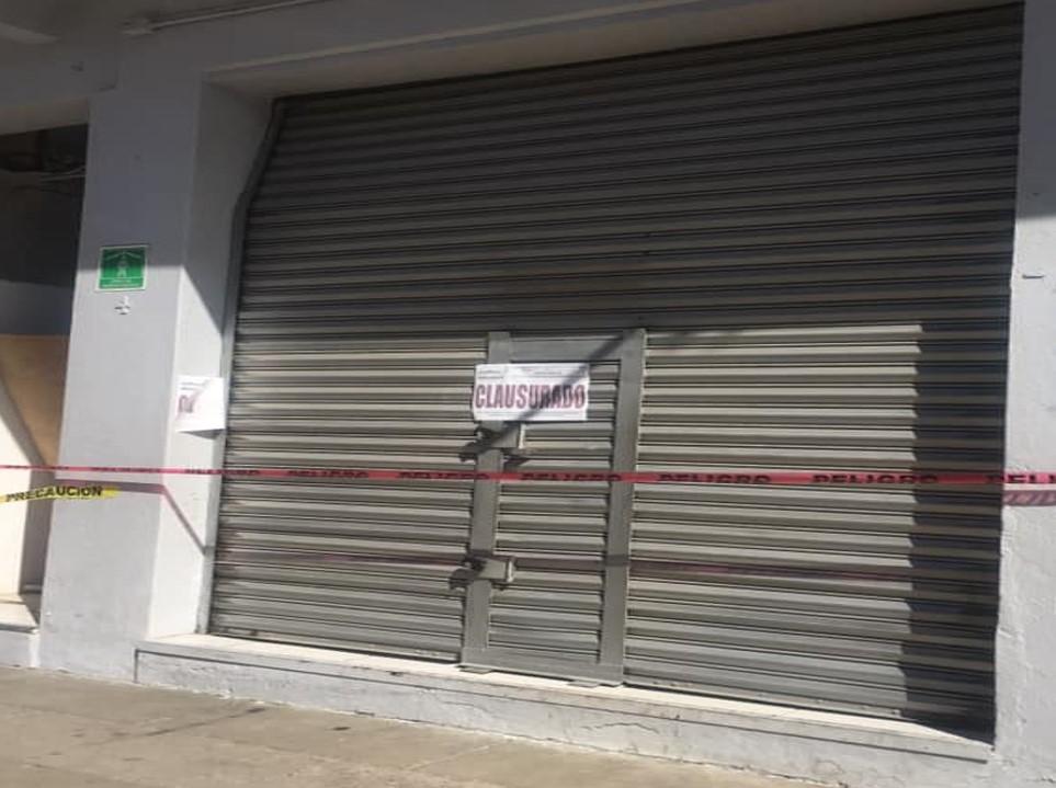 En Acatlán clausuran Elektra por desacato a decreto estatal por Covid