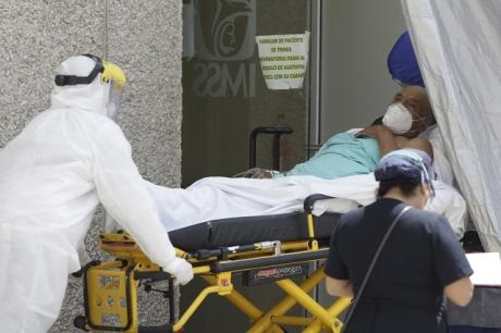 Covid se convierte en la enfermedad más cara en hospitales mexicanos