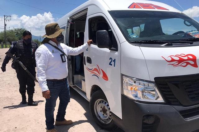 Multan a 54 unidades de transporte público por sobrecupo