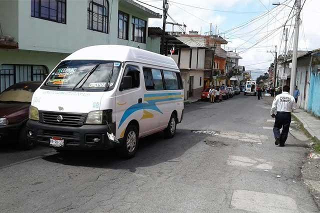 Siguen manifestaciones por alza al transporte en Teziutlán