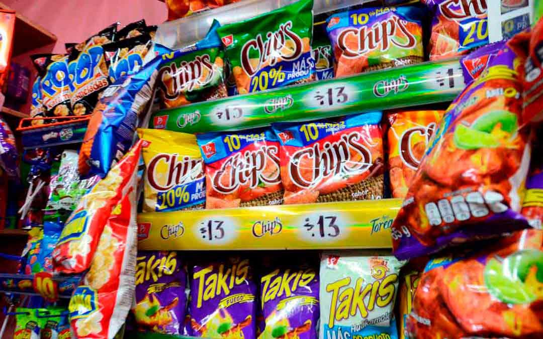 Prohibir venta de comida chatarra a niños afectaría 50 mil empleos en Puebla