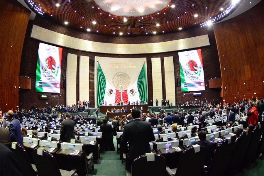 Diputados aplazan en comisiones discusión de outsourcing