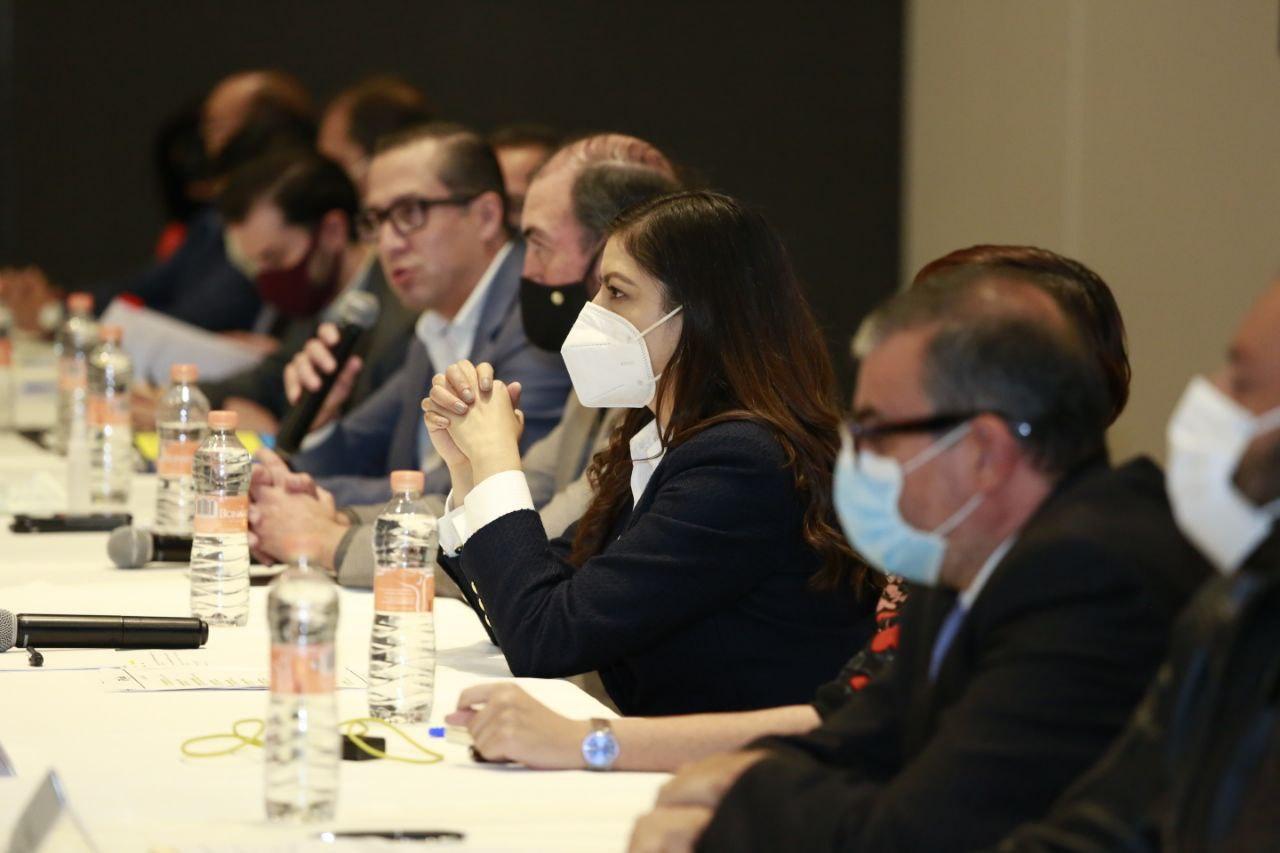 Rivera y constructores preparan estrategias para la reactivación económica