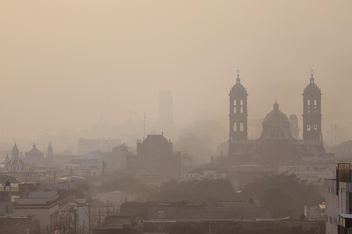 Recomendaciones por mala calidad del aire en Puebla