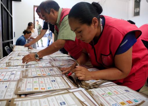 IEE ratifica la victoria de Antonio López sobre Soraya Córdova en el distrito 20