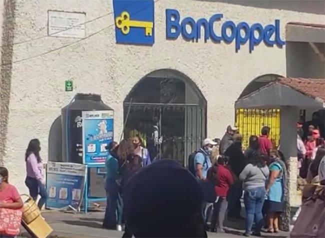 Nuevamente asaltan Coppel del centro en Atlixco