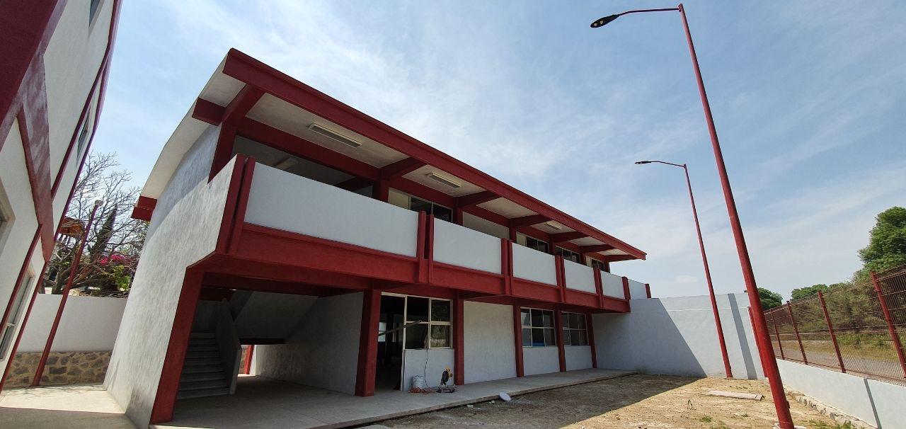 Casa de Cultura de Coronango, con avance del 98%