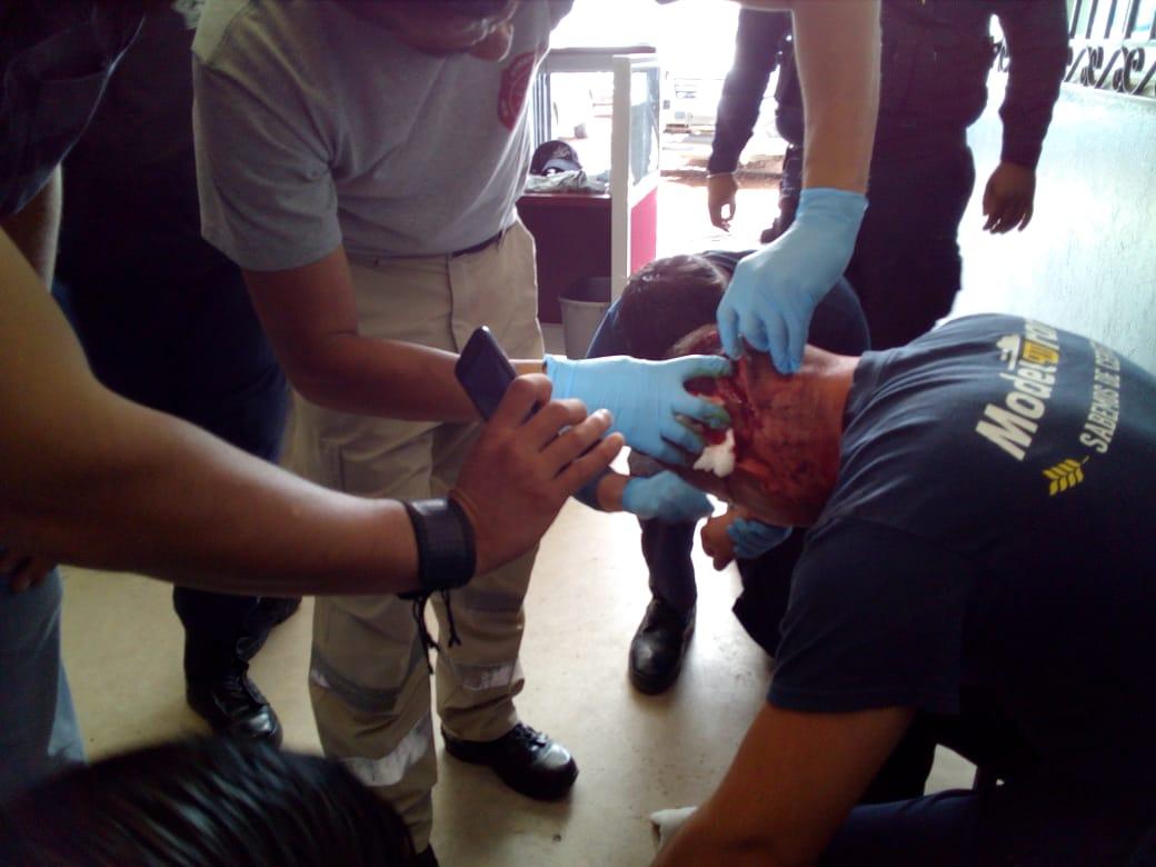 Estables policías de Coronango agredidos con machetes