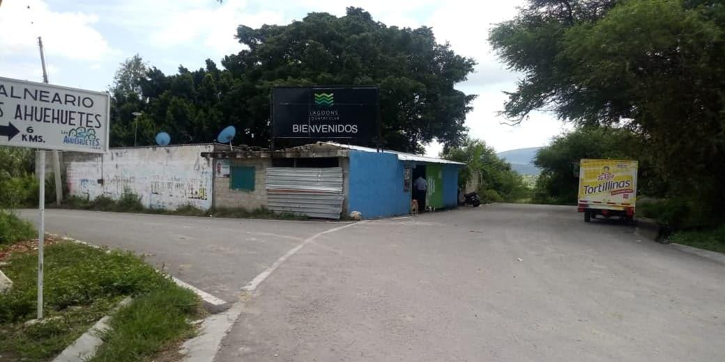 Edil de Tepeojuma negocia agua de la Reserva del Tentzo con empresa chilena