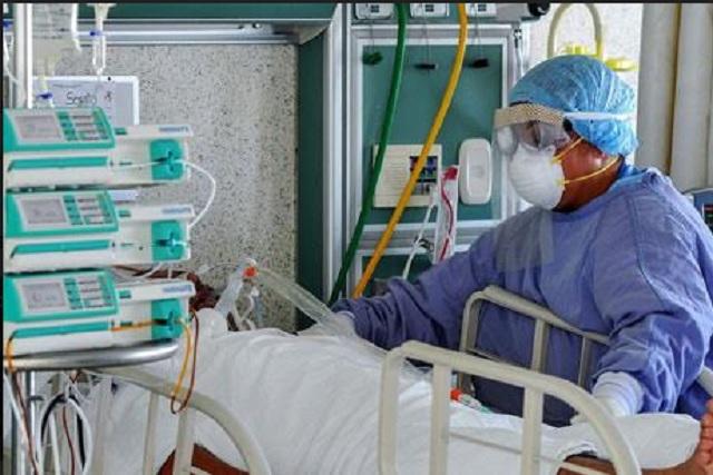 Conservarán su plaza 1,650 trabajadores de la salud en Puebla tras pandemia