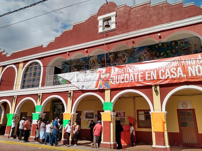 Reabren alcaldía de Coxcatlán tras semanas de haber sido tomada