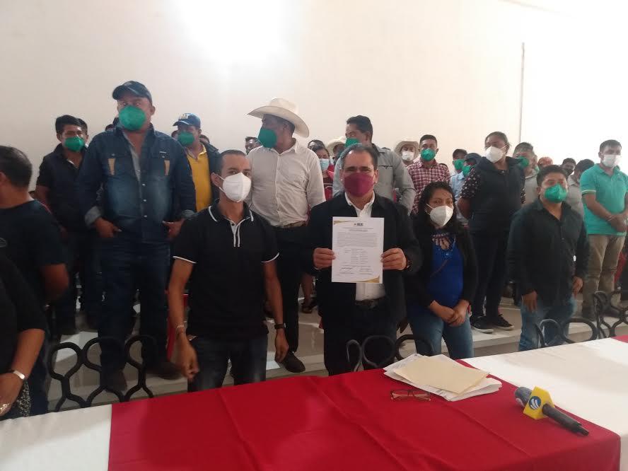 Antorcha responsable de inestabilidad en Coyomeapan: García López