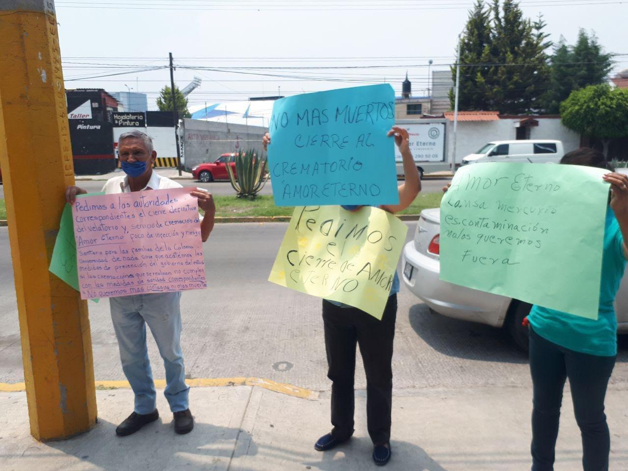 Tres funerarias cremaron cuerpos en Puebla sin tener permisos