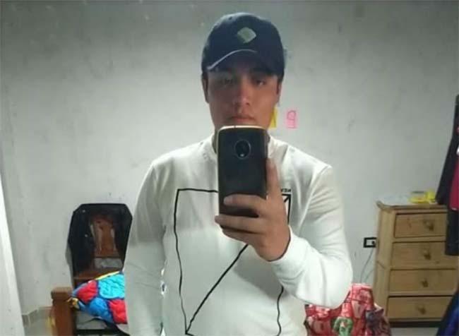 Cristóbal de 21 años desapareció en Los Reyes de Juárez