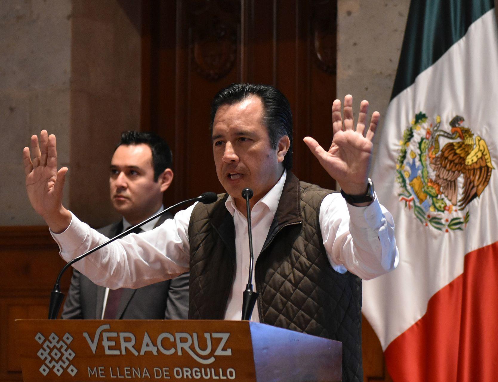 VIDEO Comparan a gobernador de Veracruz con Andrea Legarreta
