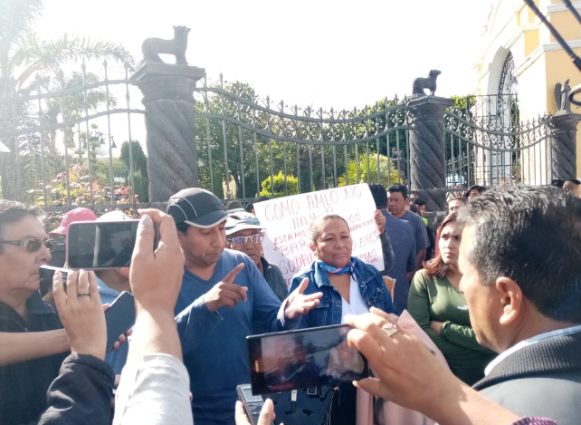 Vecinos exigen seguridad y obra en informe de alcaldesa de Cuautlancingo