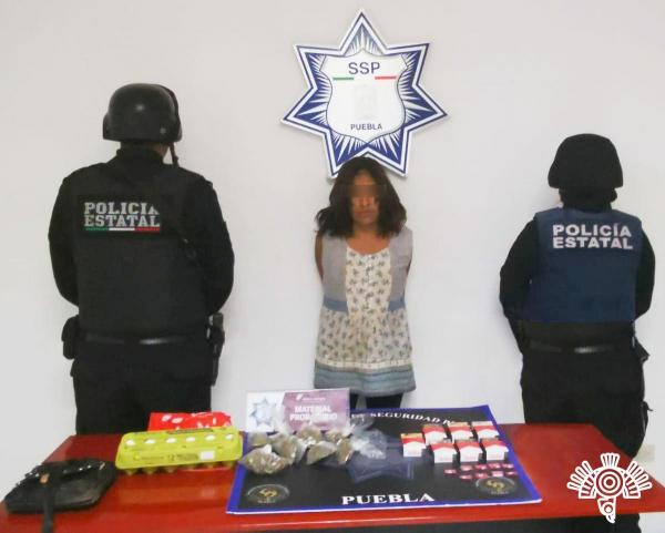 Cae narcomenudista y asaltante de tiendas Oxxo en Cuautlancingo