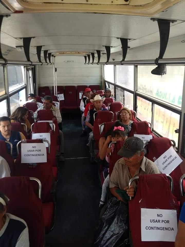 Transportistas y usuarios en Texmelucan incumplen las medida sanitarias