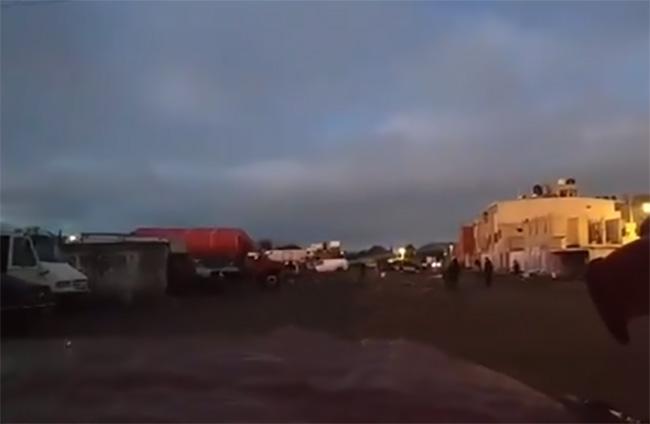 Encuentran cuerpo calcinado en tianguis de San Isidro, en Puebla