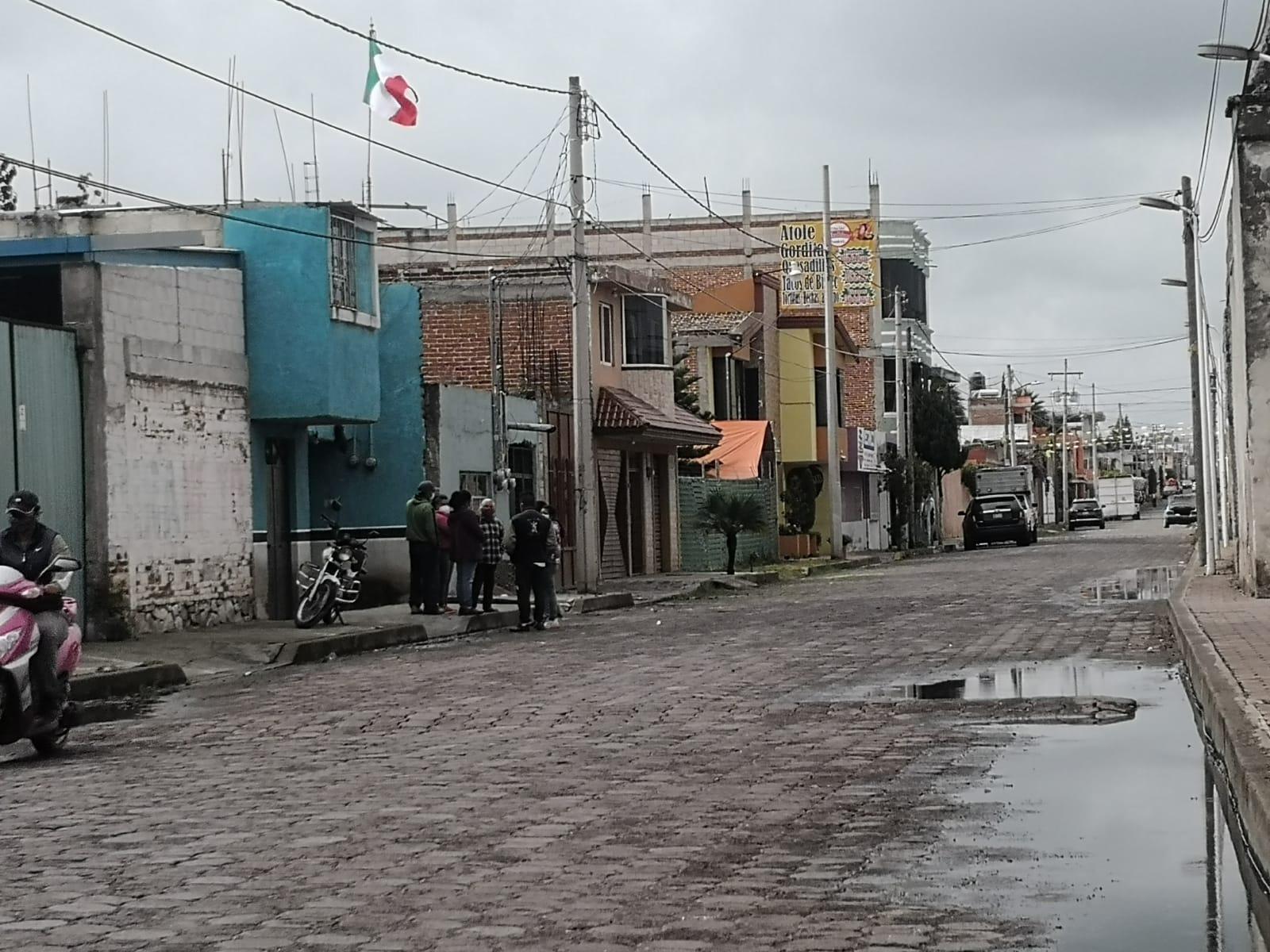 En calles de Huejotzingo hallan cadáver de un hombre